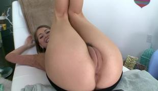 Riley Reid`s camel toe pussy