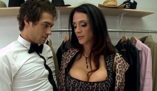 Classy MILF Ariella Ferrera sucks big firm cock