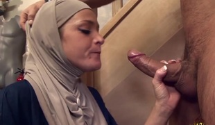 Salima Akim is the Arab slattern who can`t endure without anal