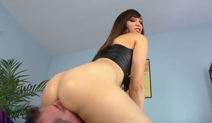 Horny and hot brunette Holly Michaels spanks and fists the brush lover before getting the brush shaved pussy licked
