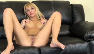 Jana Jordan has a saggy fanny that needs slapping to get wet and attainable